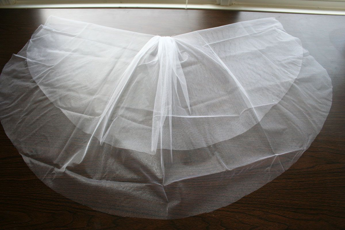 Make Your Own Wedding Veil The Best Tutorial I Ve Found Online