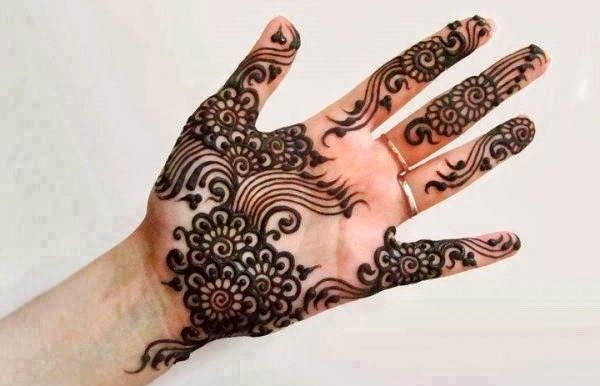 Among many other various #ArabMehndi #Designs #Mehndi #Mehndidesigns #Weddingdeigns are very simple and easy to apply #henna on their #hands, one of the most popular and #famous in the world. Many #Asian #countries as well as the events in #Pakistan and #India #weddings are incomplete without mehndi.