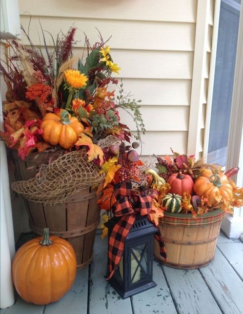 43 Beautiful Inspiring Outdoor Fall Decor Ideas images