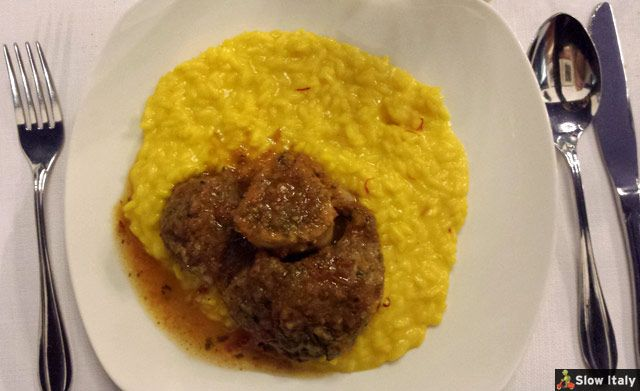 Ossobuco with risotto. Photo © Slow Italy.