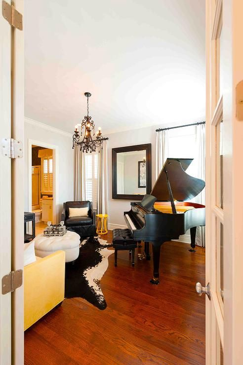 Best Grand Piano Room Love It With The Yellow Grand Piano Living Room Grand Piano Room Piano 400 x 300