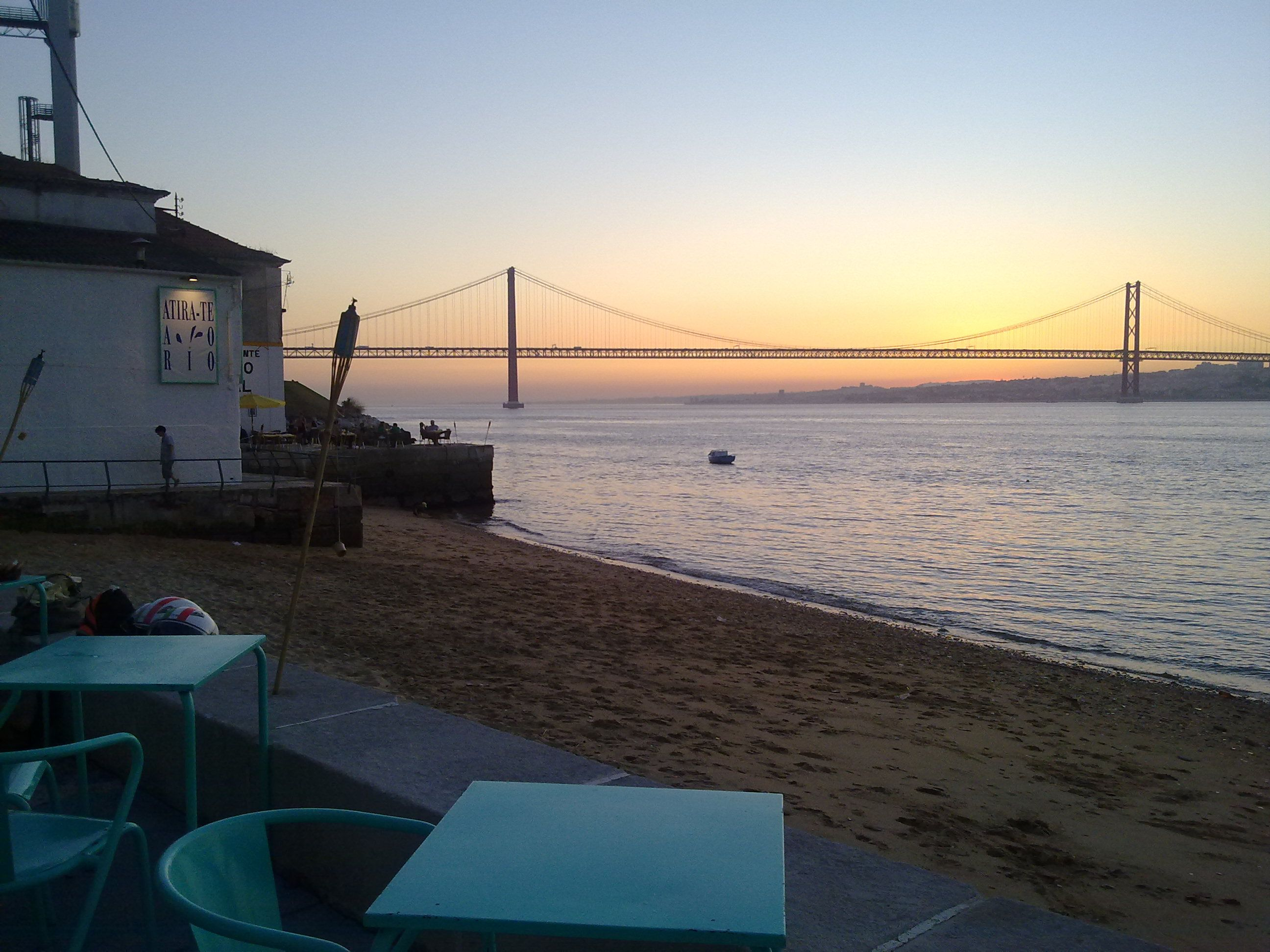 Lisboa - Atirate ao rio