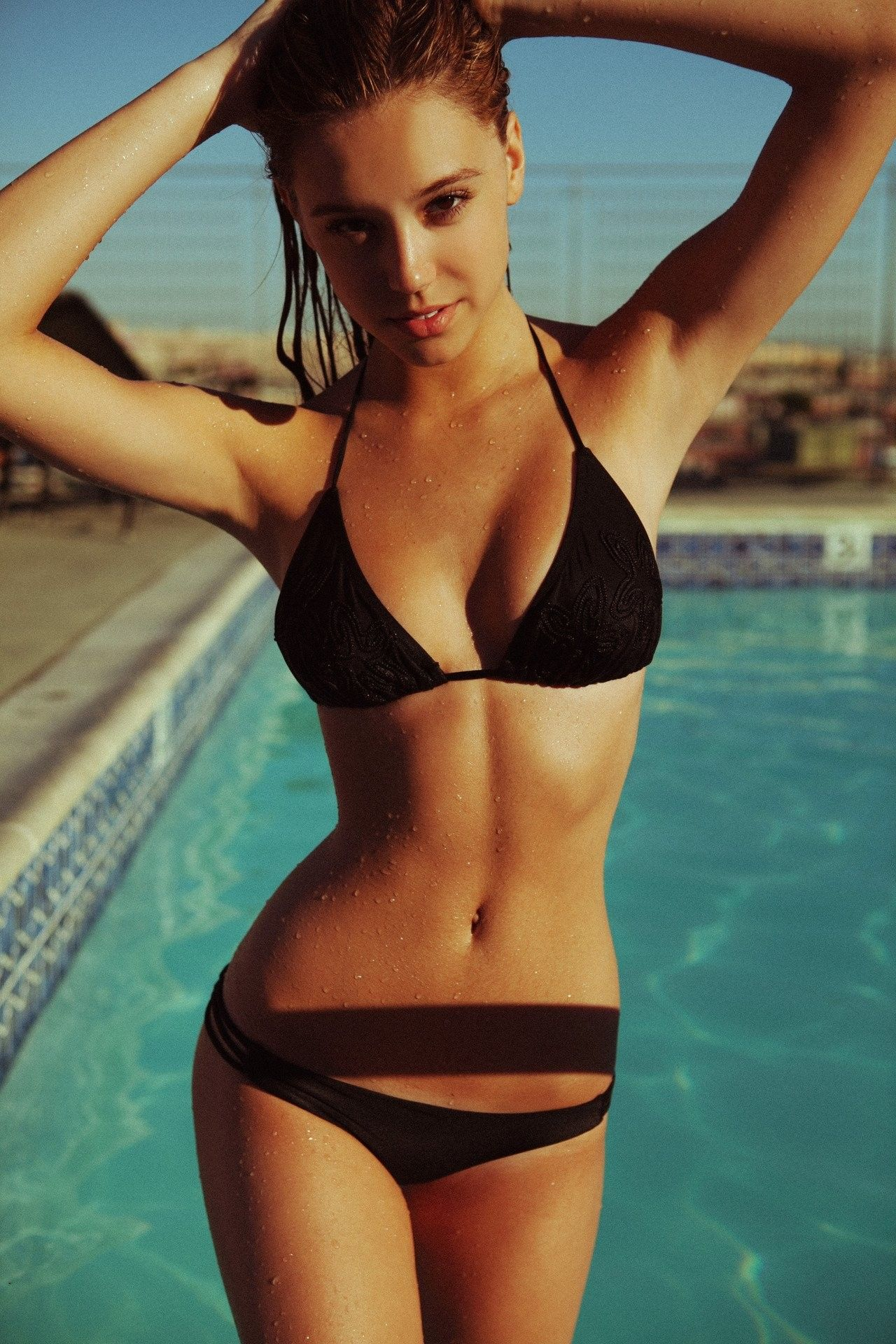This is the ideal perfect female physique  - Page 5