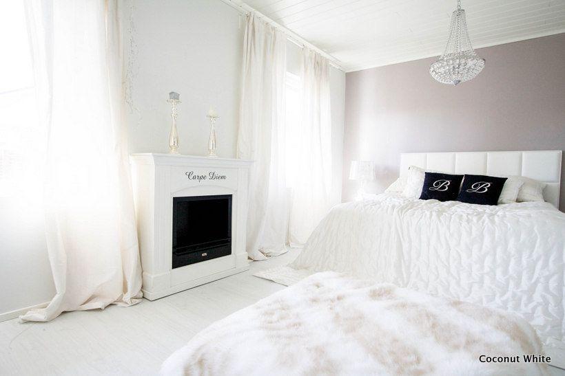 Löytö makuuhuoneeseen - valkoinen sisustustakka