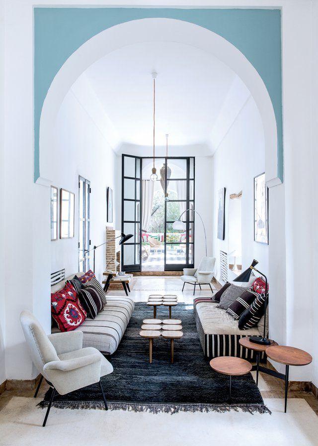 Une maison marocaine, typique et moderne | Salon marocain ...