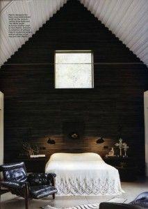 makariin tummat seinät ja valkea katto?