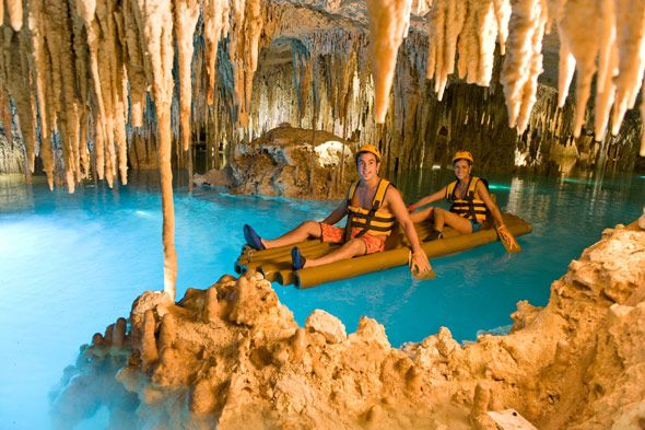 Xplor is a unique underground world, located in the heart of the Riviera Maya, and near Xcaret park, composed of seven circuits with activities that invite you to explore and rediscover your emotions and senses through nature, and that transport you to the impressive and millennial beauty of the Earth.