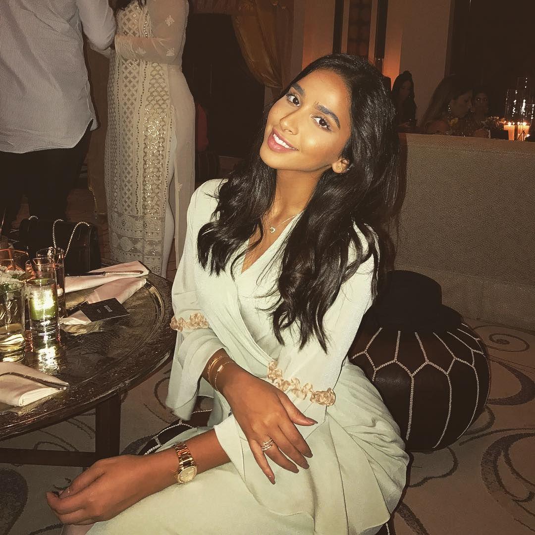 Hala Abdallah هلا عبدالله On Instagram Iftar Vibes With Harpersbazaararabia Beauty Instagram Women