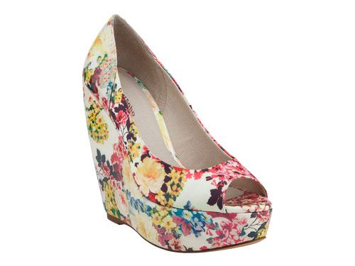 03fac1882f7 Zigi soho-Rush. Beautiful and bold makes this floral wedge a must have.  Perfect for spring apparel. - 5.3
