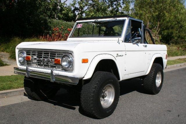 White Lifted Ford Bronco Top Off With Rear Roll Bars Ford Bronco
