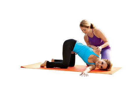 Giada De Laurentiis' Yoga Routine | Yoga | Yoga fitness ...