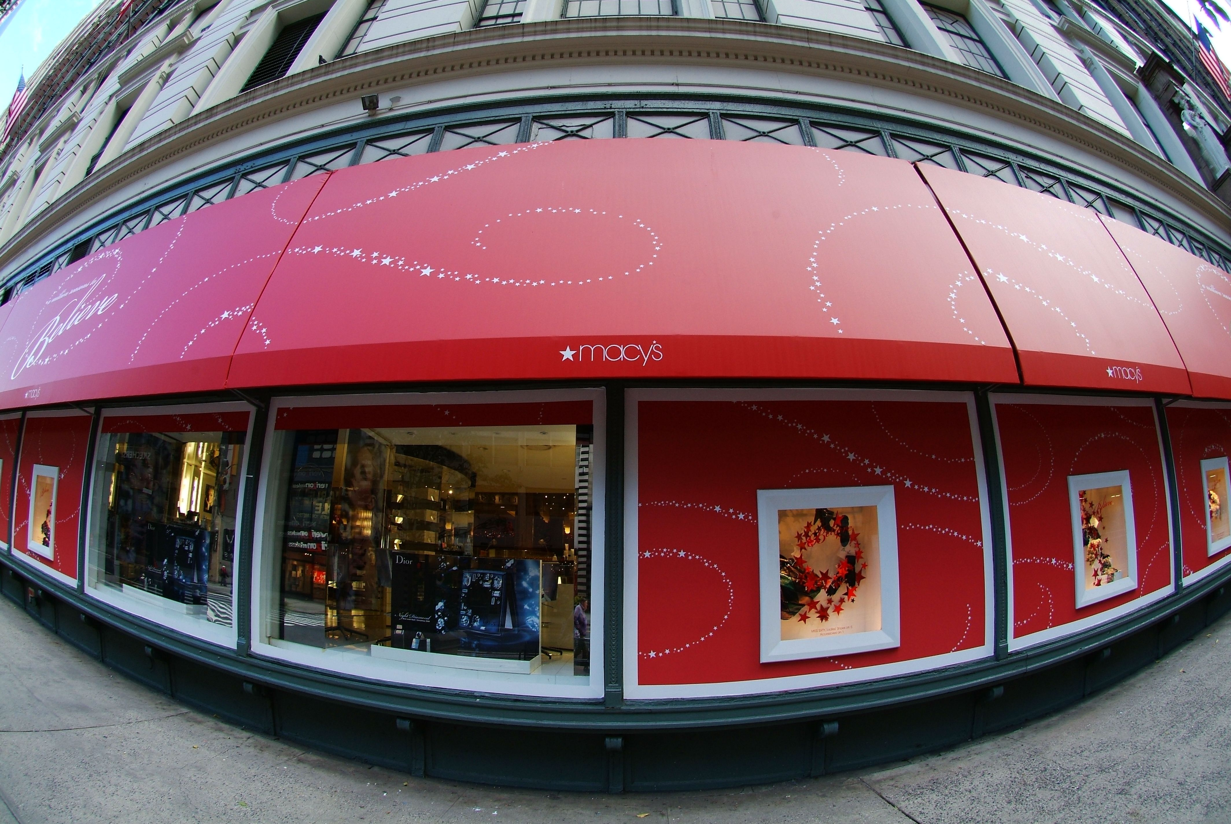 Macy S Nyc Famous 34th Street Store Awnings Designed And Fabricated By Hudson Awning Sign Design Installation Awning