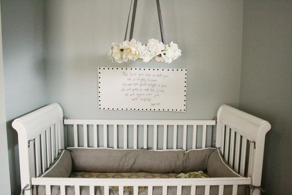 The Wall Hanging Above The Crib Is Actually An Embroidered Scripture This Link Shares A Great Tutorial On Creatin Flower Mobile Baby Mobile Girl Baby Girl Diy
