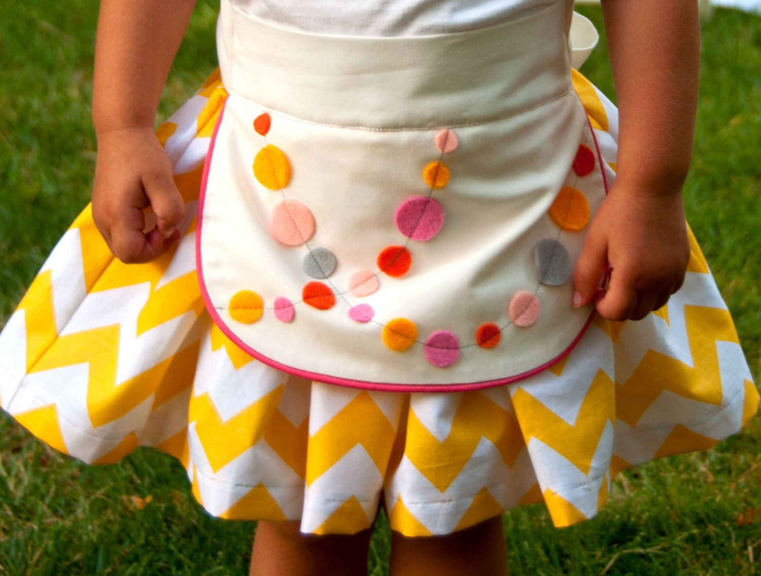Sewing Pattern: Girls Apron Dirndl Skirt with Multiple Options (PDF ...