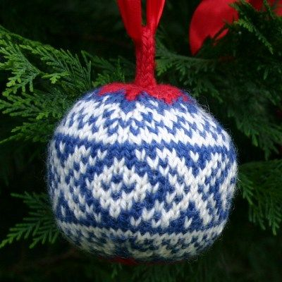 "A free knitting pattern for a Christmas Ball, my ""Marius"" ball design, named after the iconic, traditional Norwegian ""Marius"" ski sweater."