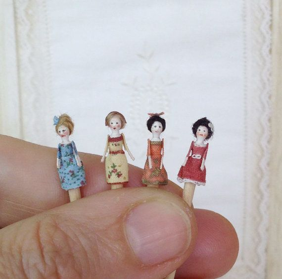 Mini Doll Qeen Anne 1:12 scale. 12mm high