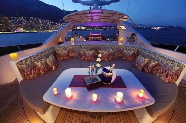 Romantic Yacht Decor Super Yachts Yacht Interior Luxury Yachts