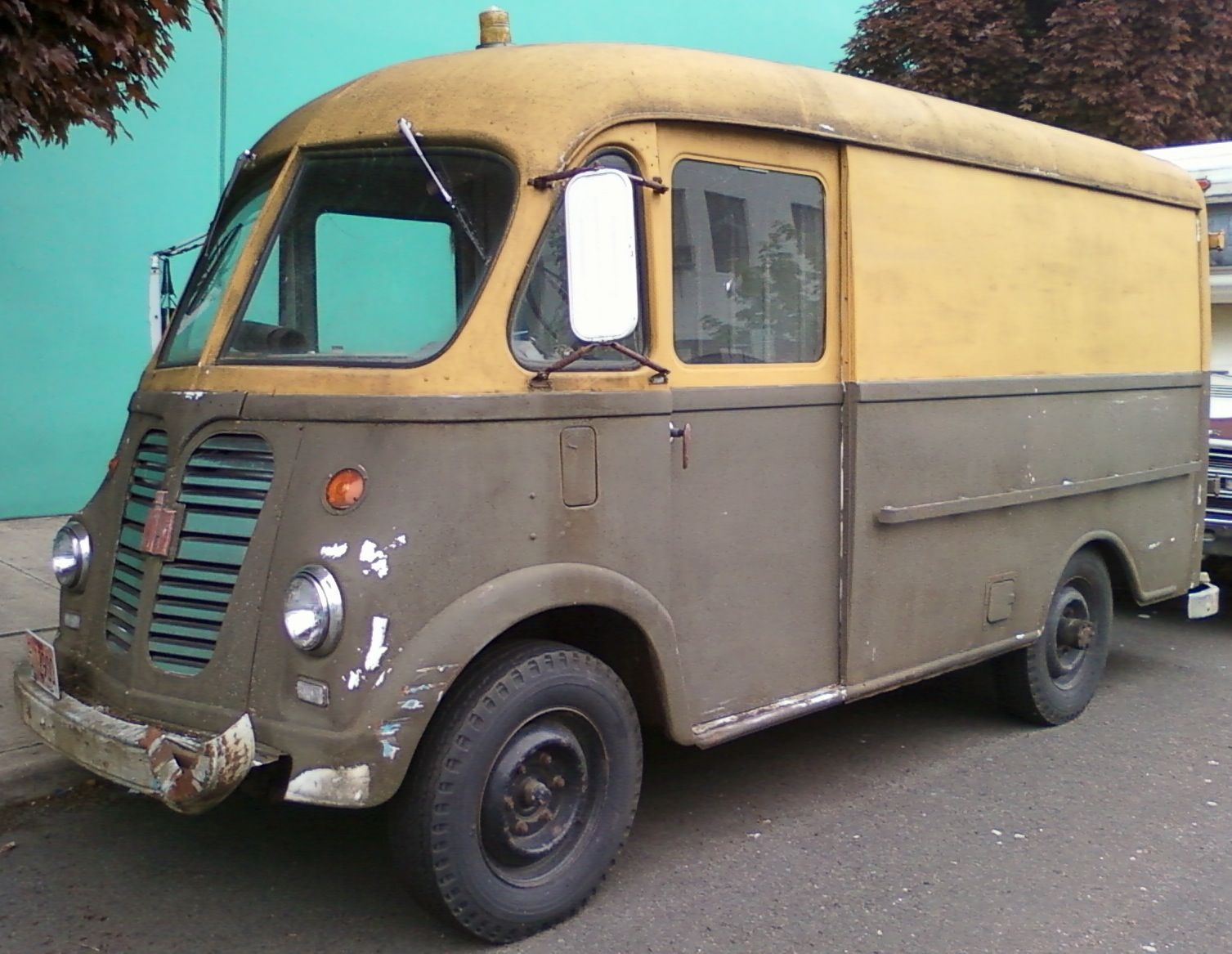International harvester metro van