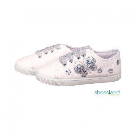 f351741bc0e Zapatillas de lona tipo basket para niñas en color blanco con detalle de  mariposas bordadas en