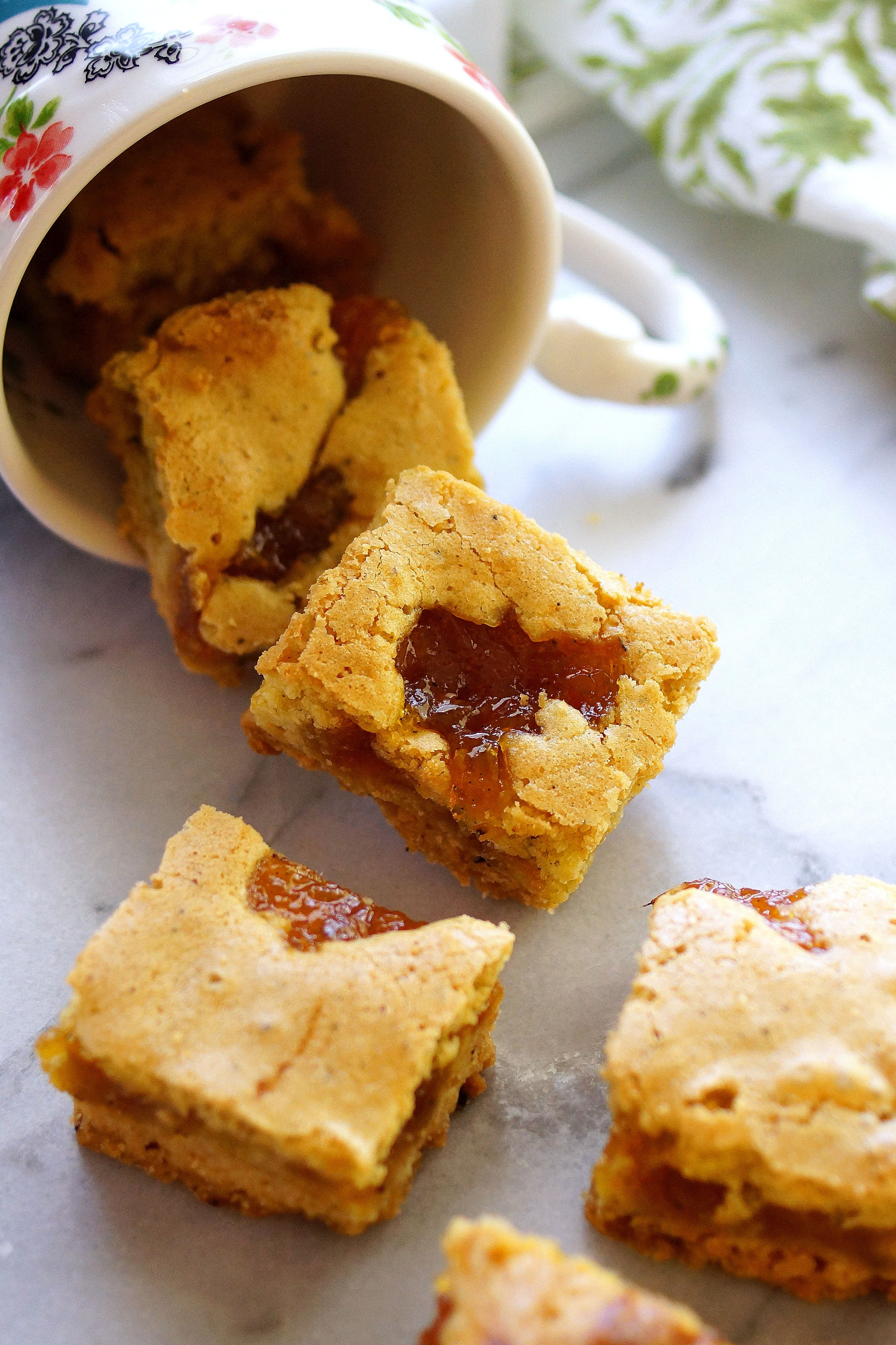 Rhubarb Brown Butter Bars / Patty's Food