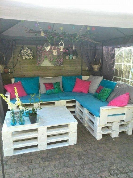 Rincones de palets para la terraza con mucho estilo for Muebles de terraza con palets