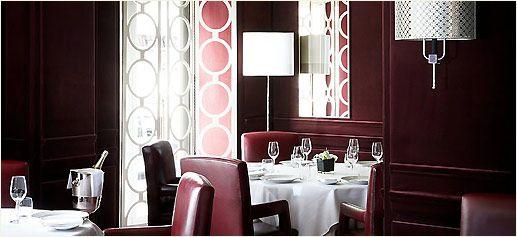 Restaurante Marcus Wareing at The Berkeley*    A pesar de que la lista *S. Pellegrino de los mejores restaurantes del mundo* ha sido -y es- históricamente benévola con los restaurantes londinenses, la 52ª posición de 2009 no es en absoluto una mala credencial, que demuestra que la renovada propuesta de Wareing es todo un acierto.    http://www.sibaritissimo.com/marcus-wareing-at-the-berkeley/