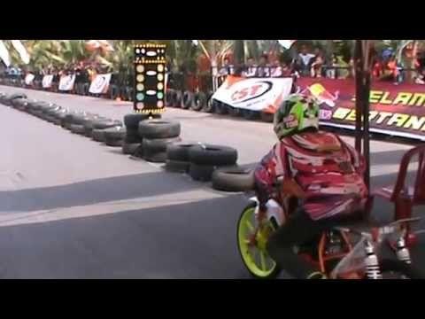 Yamaha RXZ Yopi Nexcom 8,010 Detik - Drag Bike Kenjeran