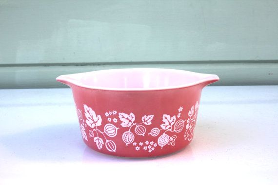Pink Gooseberry Pyrex Casserole by AtHomeInNapa on Etsy