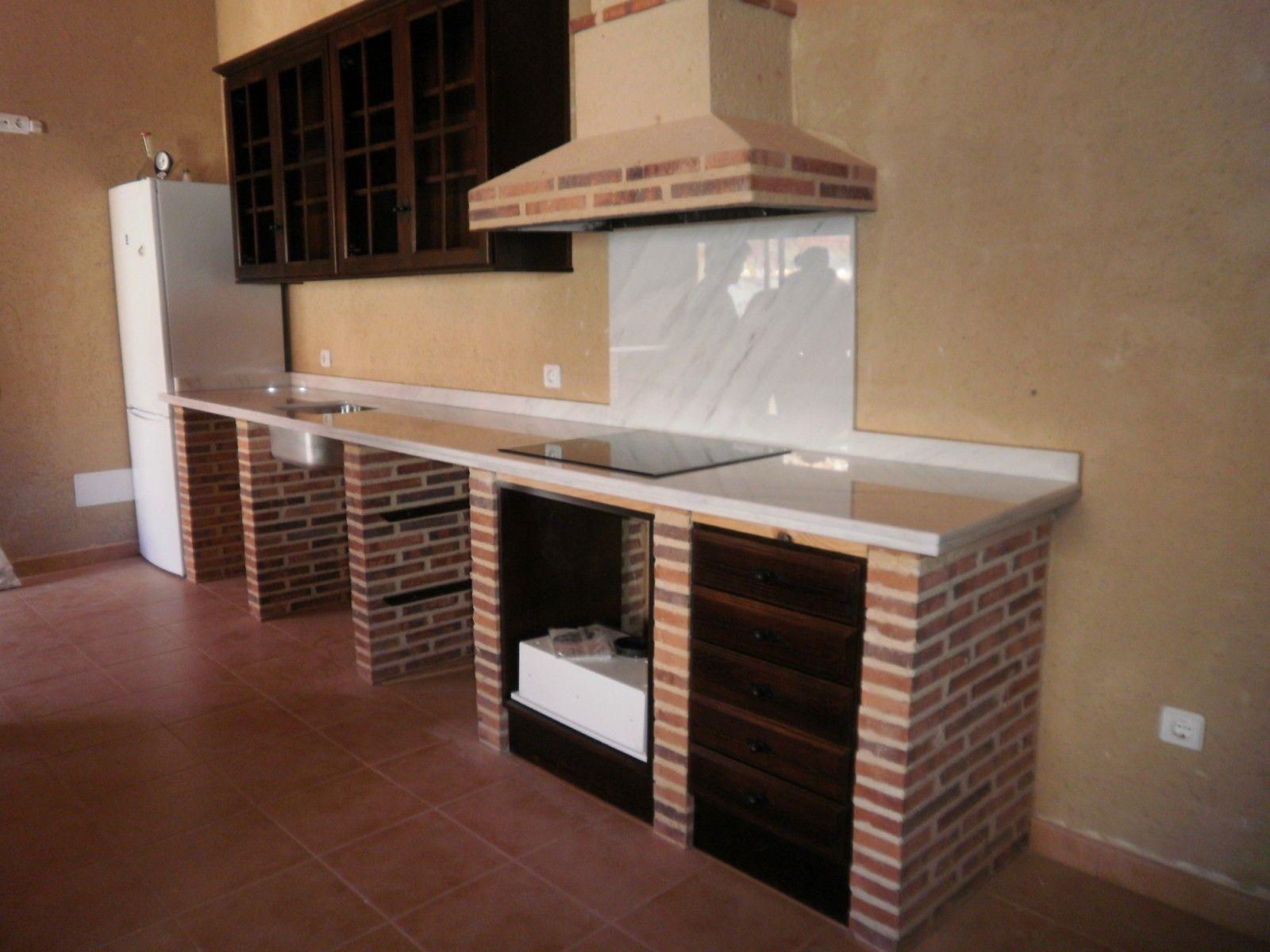 Cocinas r sticas de ladrillo buscar con google for Muebles de cocina de ladrillos imagenes