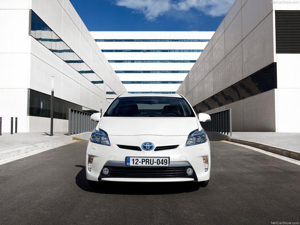 Toyota Prius Plug In Hybrid Front Toyota Toyota Prius Hybrid