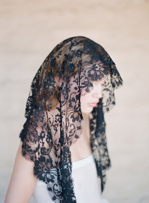16 Stunning Veils For Every Bride On Her Wedding Day Party