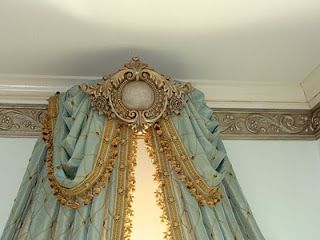 LaTeDa Designs: Window/Bed Crown And Fancy Moulding