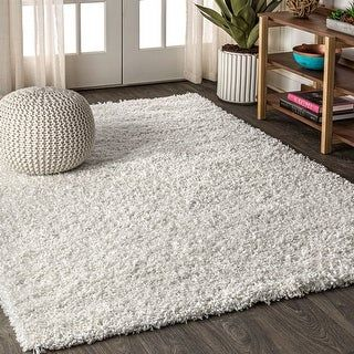 JONATHAN Y Mercer Shag Plush White Area Rug (5 X 8