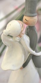 """Spieluhr """"Brautpaar in rosa"""""""