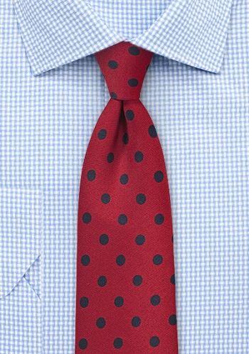 Herrenkrawatte grob tupfengemustert mittelrot marineblau . . . . . der Blog für den Gentleman - www.thegentlemanclub.de/blog