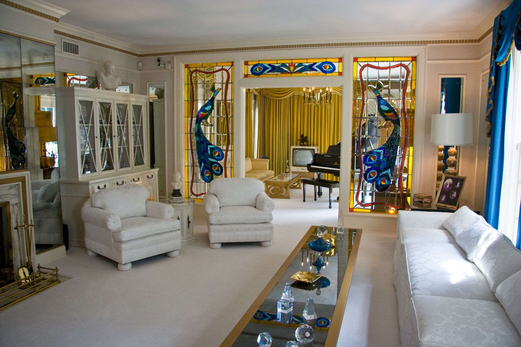 File:Graceland Living Room   Wikipedia, The Free Encyclopedia