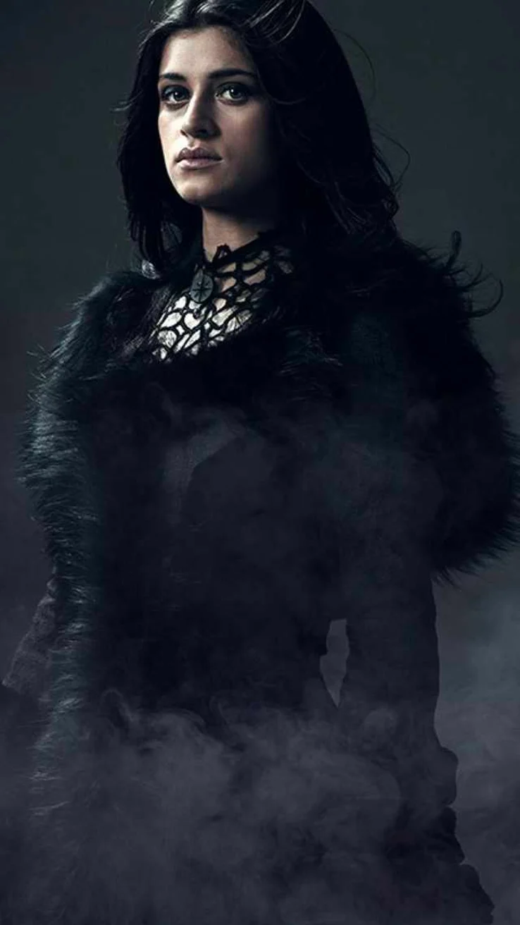 New Images For Netflix S The Witcher Featuring Yennefer Of Vengerberg And Princess Ciri Have Been Released The Witcher Yennefer Witcher The Witcher Geralt
