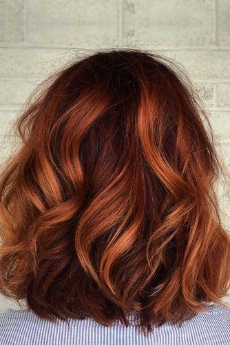 Superb Medium Length Hairstyles For An Amazing Look See More Http Glaminati Com Medium Length Hairstyle Beautiful Hair Color Hair Color Auburn Hair Styles