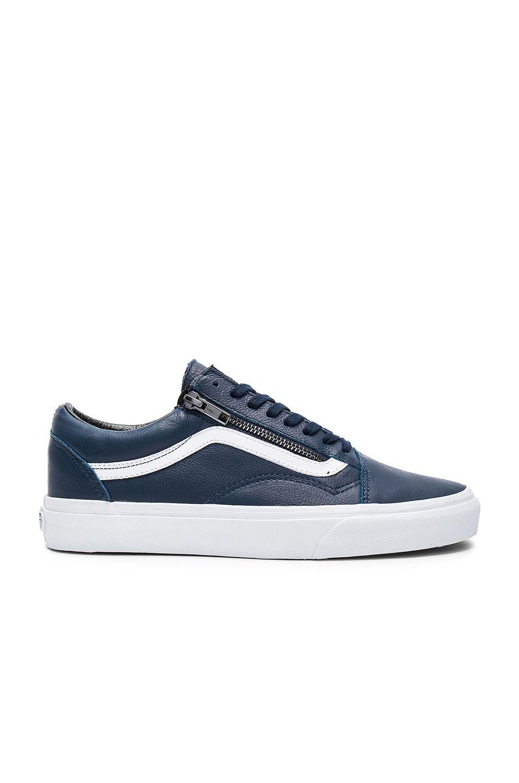 vans zip shoes