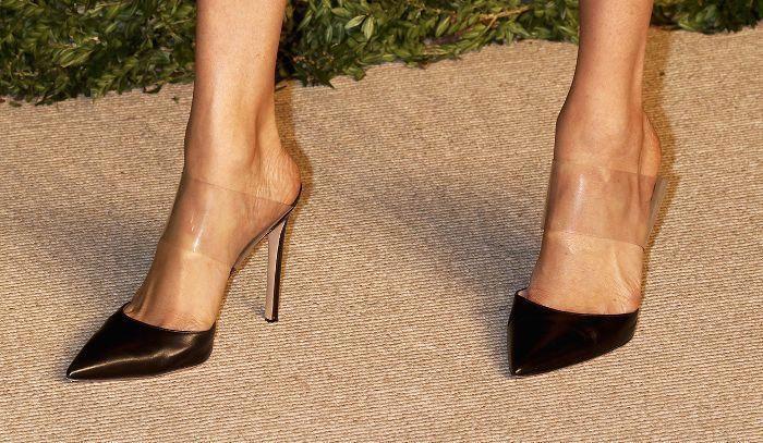 c0af46de6bd Meghan Markle s shoes  Womens3 4Raincoat