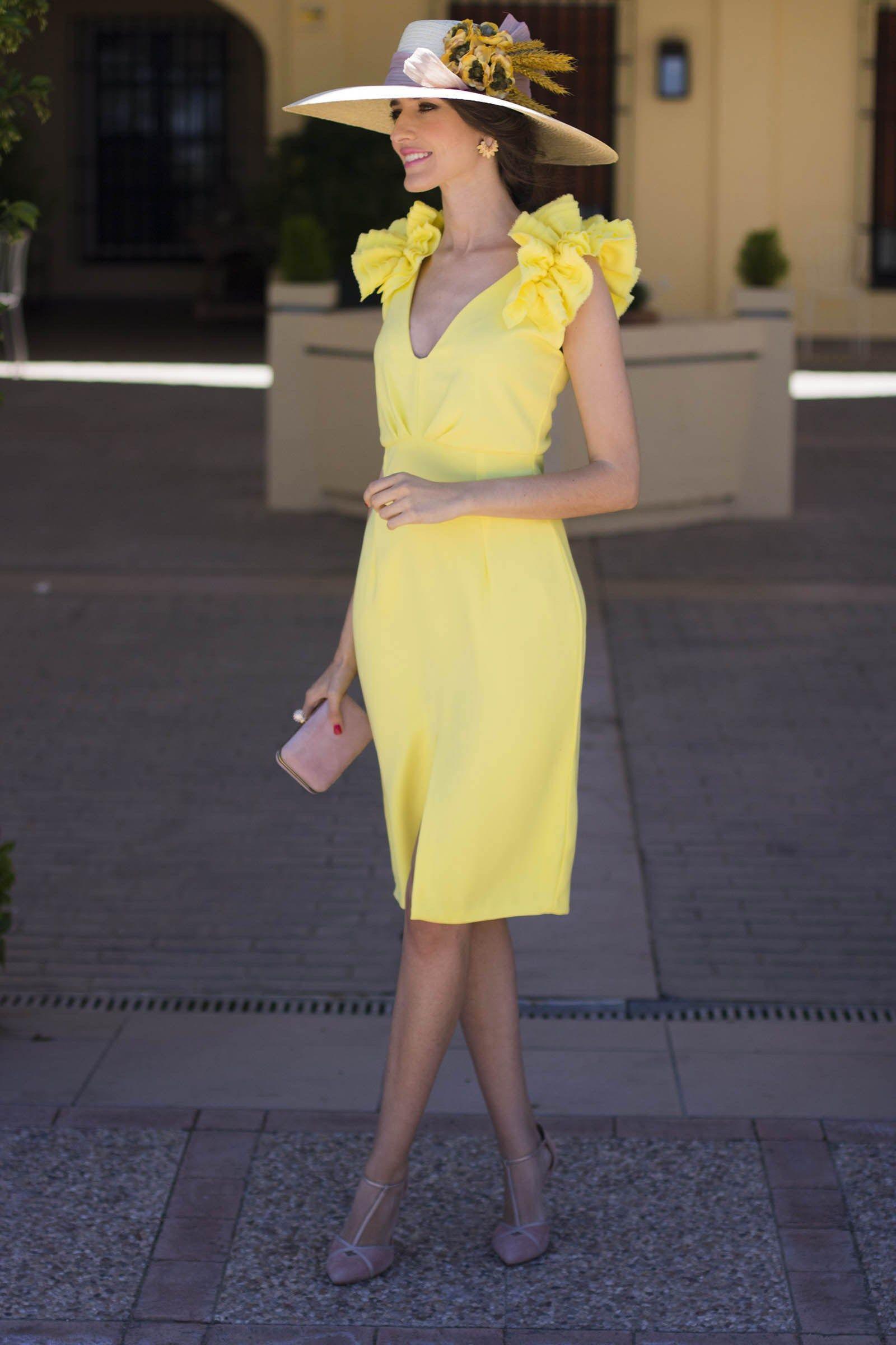 Vestido amarillo boda dia tocado | Vestidos | Pinterest | Vestido ...
