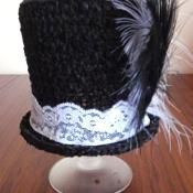 Mini Top Hat Crochet Pattern - via @Craftsy