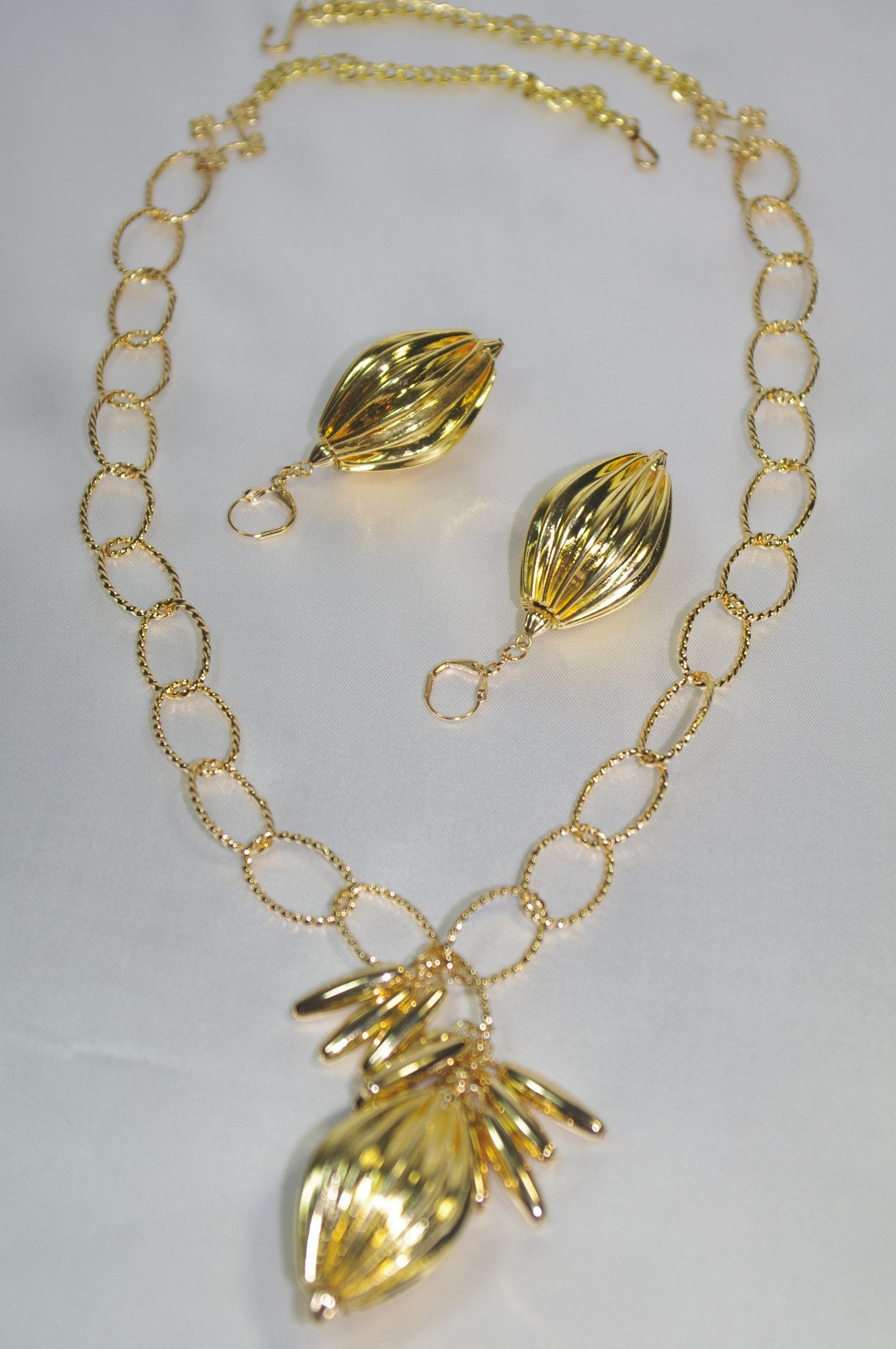 Midasu gold necklace set food and tips for the good life pinterest