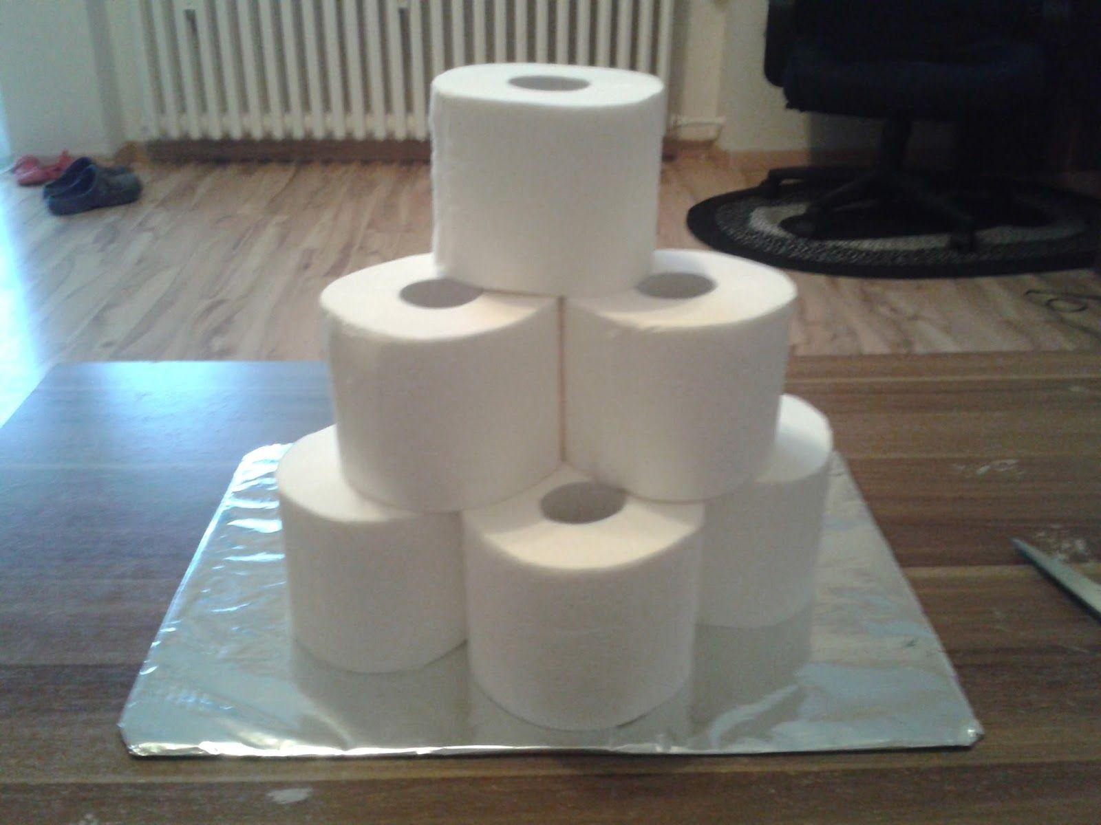 Torte Au S Klopapier Rollen Das Ideale Geschenk Zum Geburtstag Hochzeit Oder Einweihung Bei Diesem Geschenk Ist Klopapier Klopapiertorte Toilettenpapiertorte