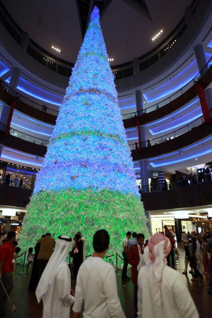 A Christmas Tree Dubai Style Christmas Worldwide Unusual Christmas Trees Xmas Tree Lights