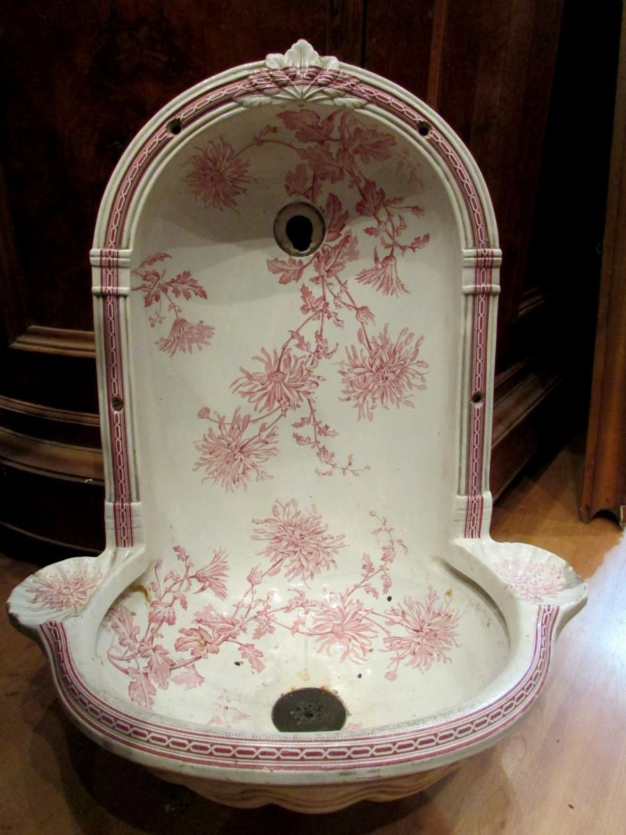 ancien evier fontaine faience anglaise cauldon fin xixeme decor floral fr d ric marceau. Black Bedroom Furniture Sets. Home Design Ideas