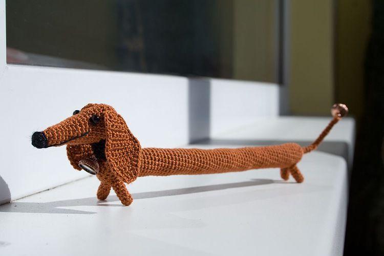 Free Amigurumi Dachshund Pattern : Crocheted dachshund bracelet unfortunately no english pattern