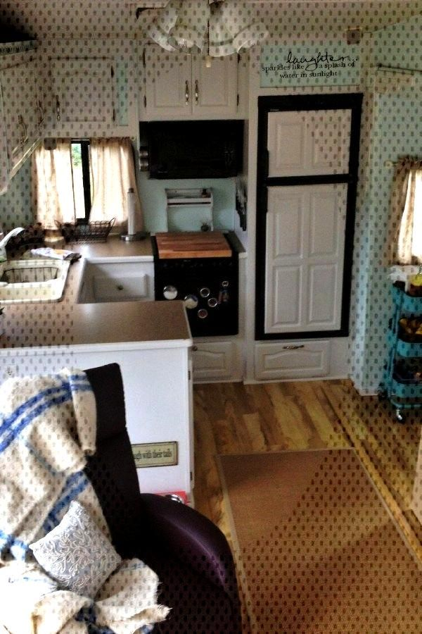 Wonderful RV Camping Living Decor Remodel Makeover To Happy Campers Lifestyle 20 Wonderful RV Campi