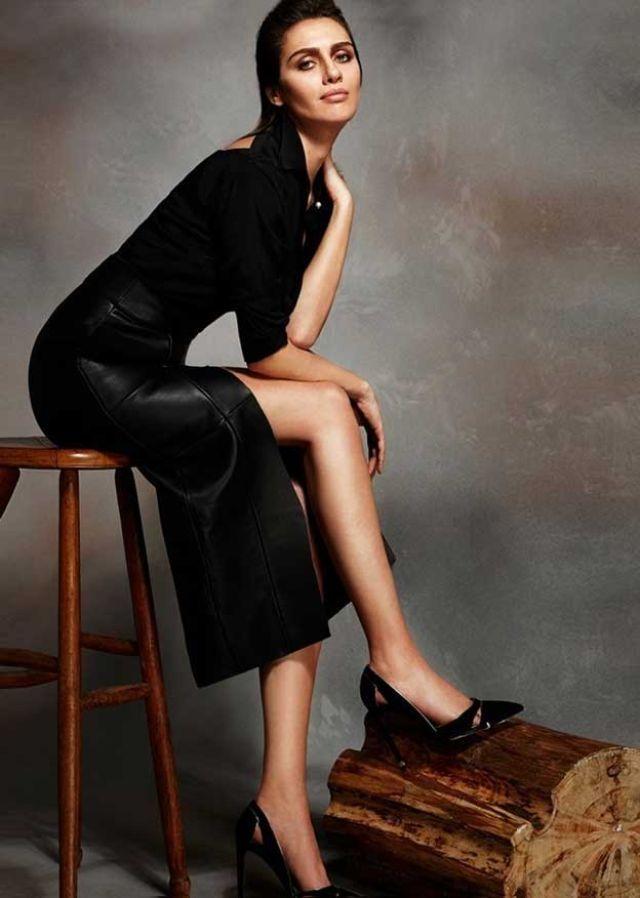 برجي اكلاي Recherche Google Model Turkish Beauty Black And White Love