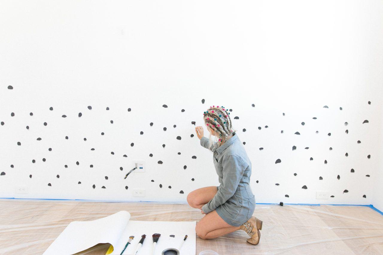Diy Brush Stroke Inspired Polka Dot Wall Polka Dot Walls Wall Murals Diy Wall Pattern Diy